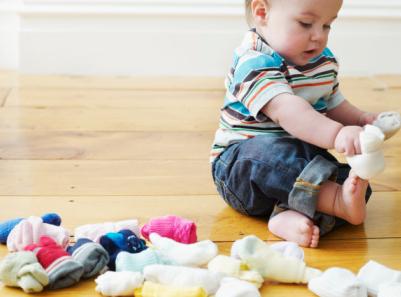 夏天宝宝光脚走路会着凉吗 给宝宝穿袜子要注意什么